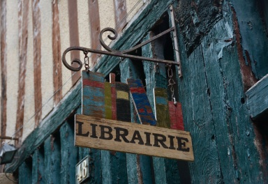 bookstore-3697999
